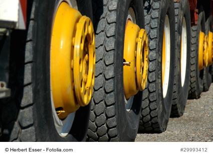 afb16b6830415c Die kostengünstige Alternative  Online-Bestellung von Reifen und Felgen für  kleine und mittelständische Fuhrunternehmen