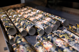 Canon präsentiert die neue UVgel-Wallpaper-Factory. Fotos: Canon